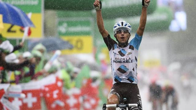 Tour de Suiza: Pozzovivo gana entre la lluvia y es nuevo líder