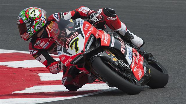 Davies and Rea crash on final lap in dramatic World Superbikes finish