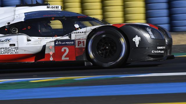 A deux heures du terme de la course, la Porsche n°2 est revenue dans le tour du leader !