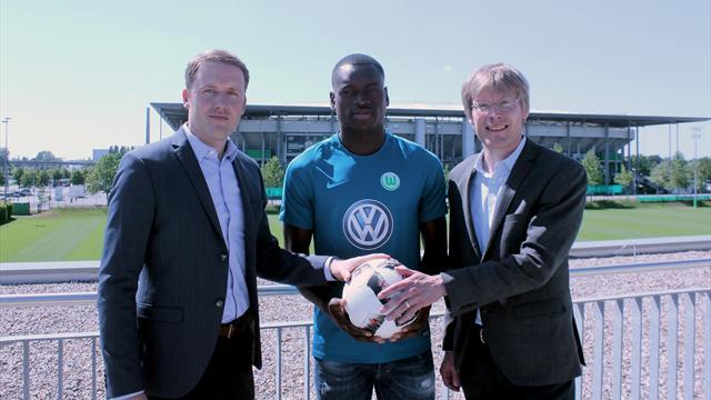 Wolfsburg verpflichtet belgisches Talent Landry Dimata