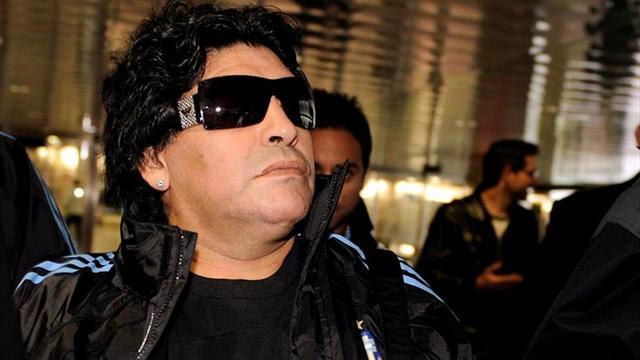 """Maradona critica a Sampaoli: """"No fue buen jugador y no es buen pensante"""""""