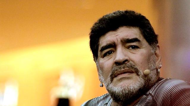 """Maradona: """"Messi no es mucho mejor que Cristiano Ronaldo"""""""