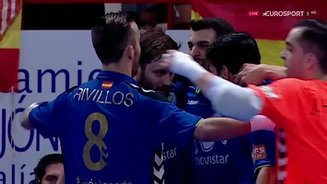 Gadeia adelantó a Movistar Inter en la primera mitad
