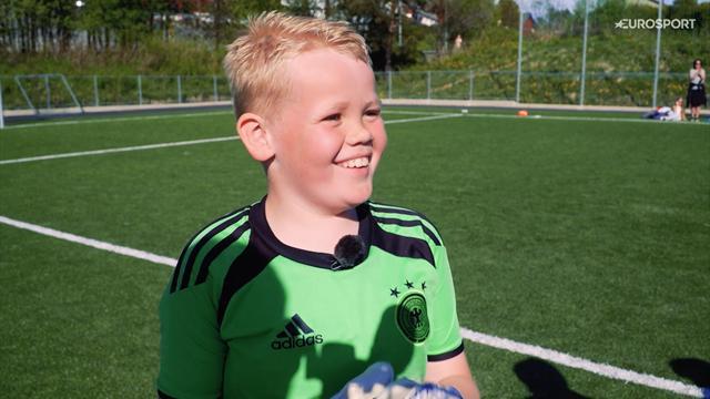 Lucas (9) trosser smertene for å spille fotball