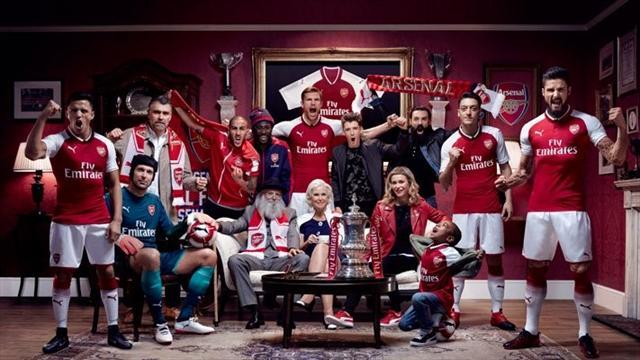Найди хотя бы пару отличий между новой и старой формой «Арсенала»
