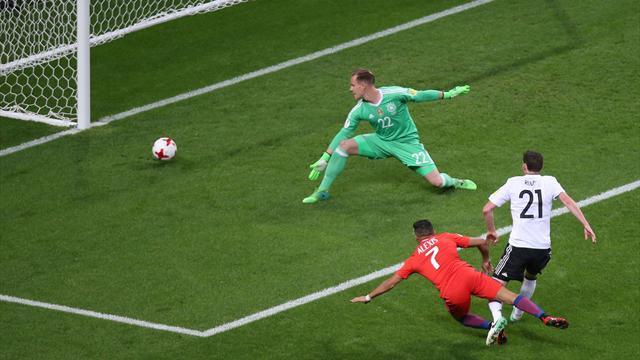 Aidé par Vidal, Sanchez a fait payer à Mustafi sa boulette : son but en vidéo