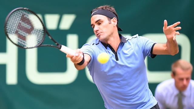 Roger Federer conquista su noveno título en Halle tras barrer a Alexander Zverev 6-1 y 6-3