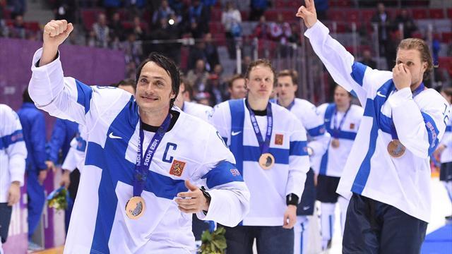 Селянне, Андрейчук, Рекки иКария будут внесены вЗал хоккейной славы