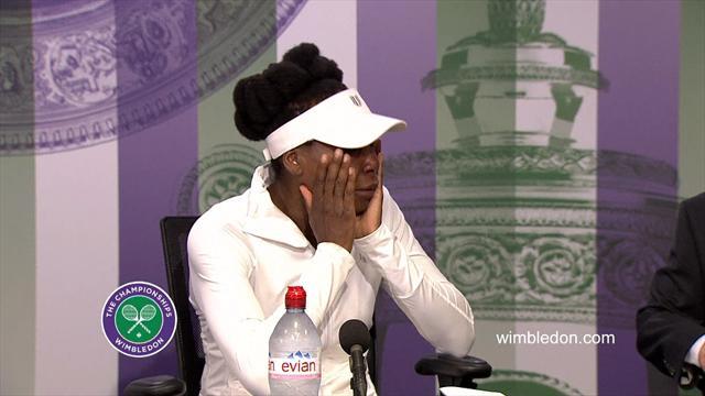 Her bryter Venus Williams sammen på Wimbledon-pressekonferansen