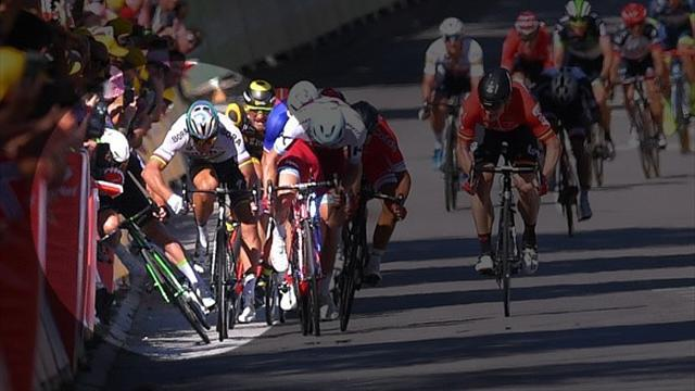 Nuova decisione: Peter Sagan espulso dal Tour de France per la gomitata a Cavendish