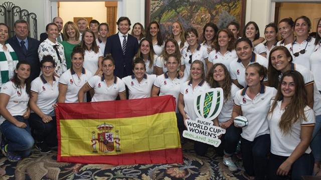 El embajador irlandés recibe a la selección nacional femenina de rugby XV