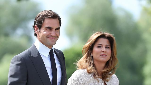 Federer, ottavo trionfo a Wimbledon a 36 anni