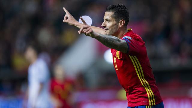 Atletico sign Sevilla's Vitolo despite registration ban