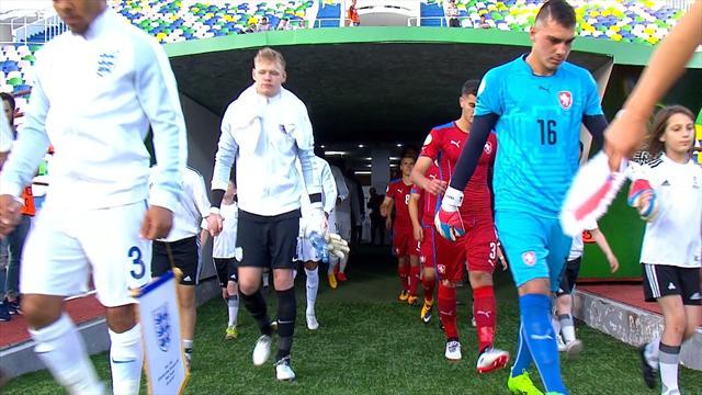 Highlights: England snatch late win against Czechs