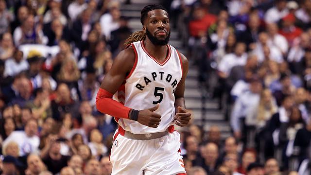 Toronto envoie Carroll à Brooklyn