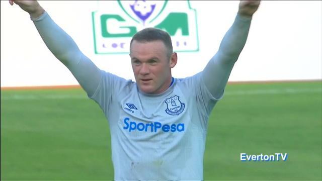 Par une frappe de 30 mètres, Rooney a fêté ses retrouvailles avec Everton