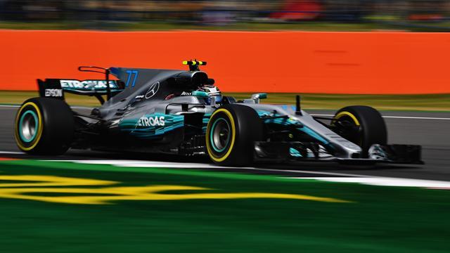 Bottas va en serio en Silverstone y Alonso se mantiene en el Top 10