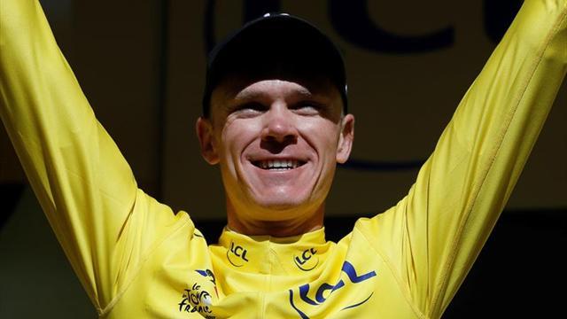 Holandés Mollema gana etapa 15 del Tour;