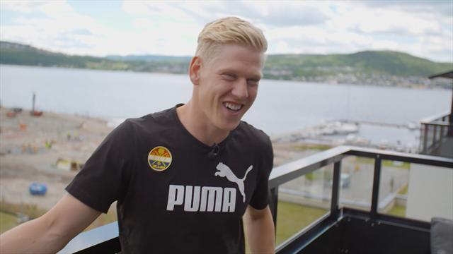 Han er yngst av sitt slag i Eliteserien: – Lærer av å hoppe rett i det