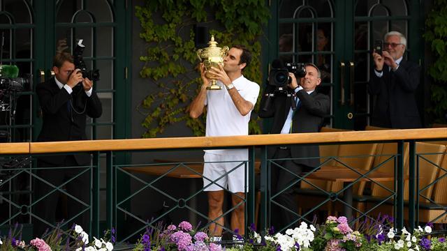 """Presse verneigt sich vor Federer: """"Das achte Weltwunder"""""""