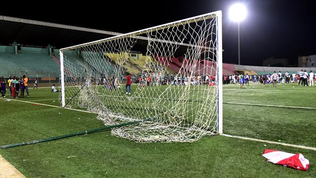 Senegalesischer Erstligist nach Stadion-Tragödie suspendiert