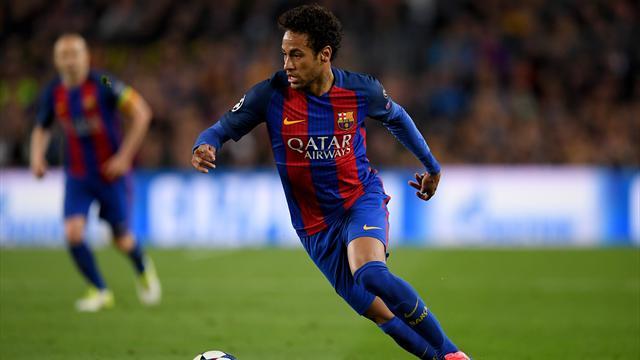 Neymar retrouve Barcelone, son agent historique arrive à Paris