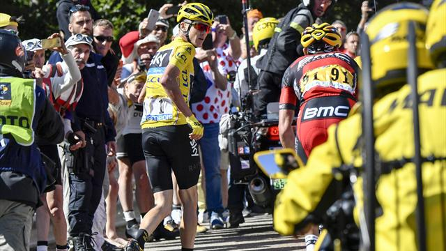 On This Day: When Chris Froome ran up Mont Ventoux
