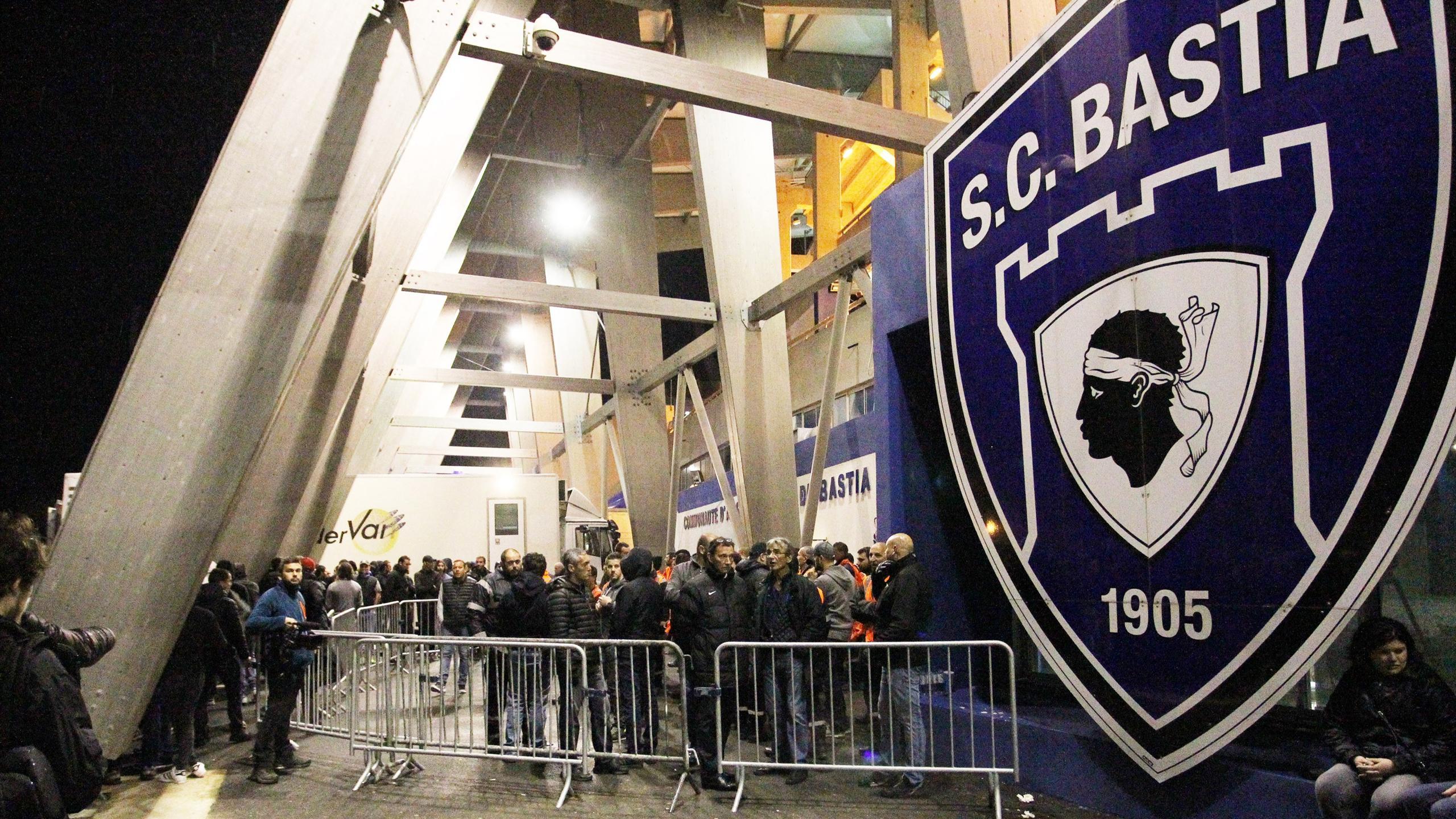 """""""Il y a une grosse inquiétude"""" : Plusieurs suspicions de cas de Covid-19 au SC Bastia"""