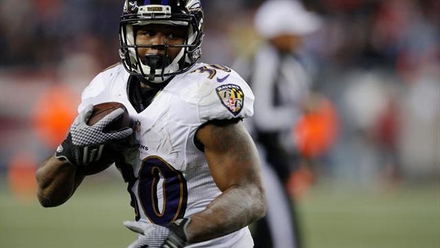 Kenneth Dixon se rompe y los Ravens buscan recambio