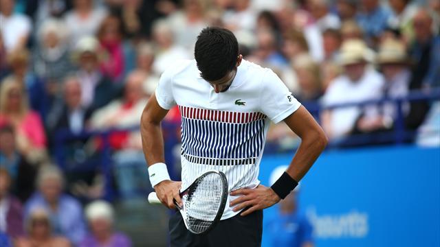 Djokovic débute sa longue descente, Monfils sort du Top 20