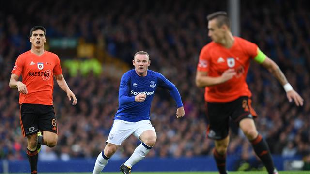 Rooney back in an Everton shirt to win Europa qualifier 1-0
