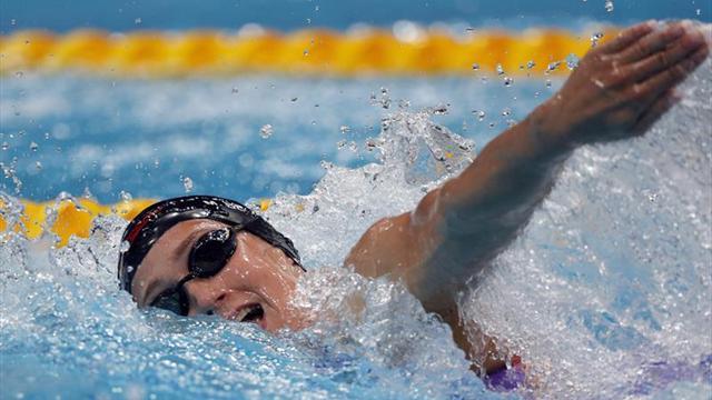 Mireia Belmonte roza el podio en los 800 libre