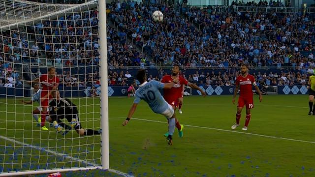 Dans un choc entre prétendants au titre, Kansas City a battu le Chicago de Schweinsteiger