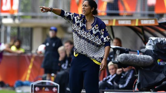 Mit Video | Trotz EM-Aus: Bundestrainerin Jones will weitermachen