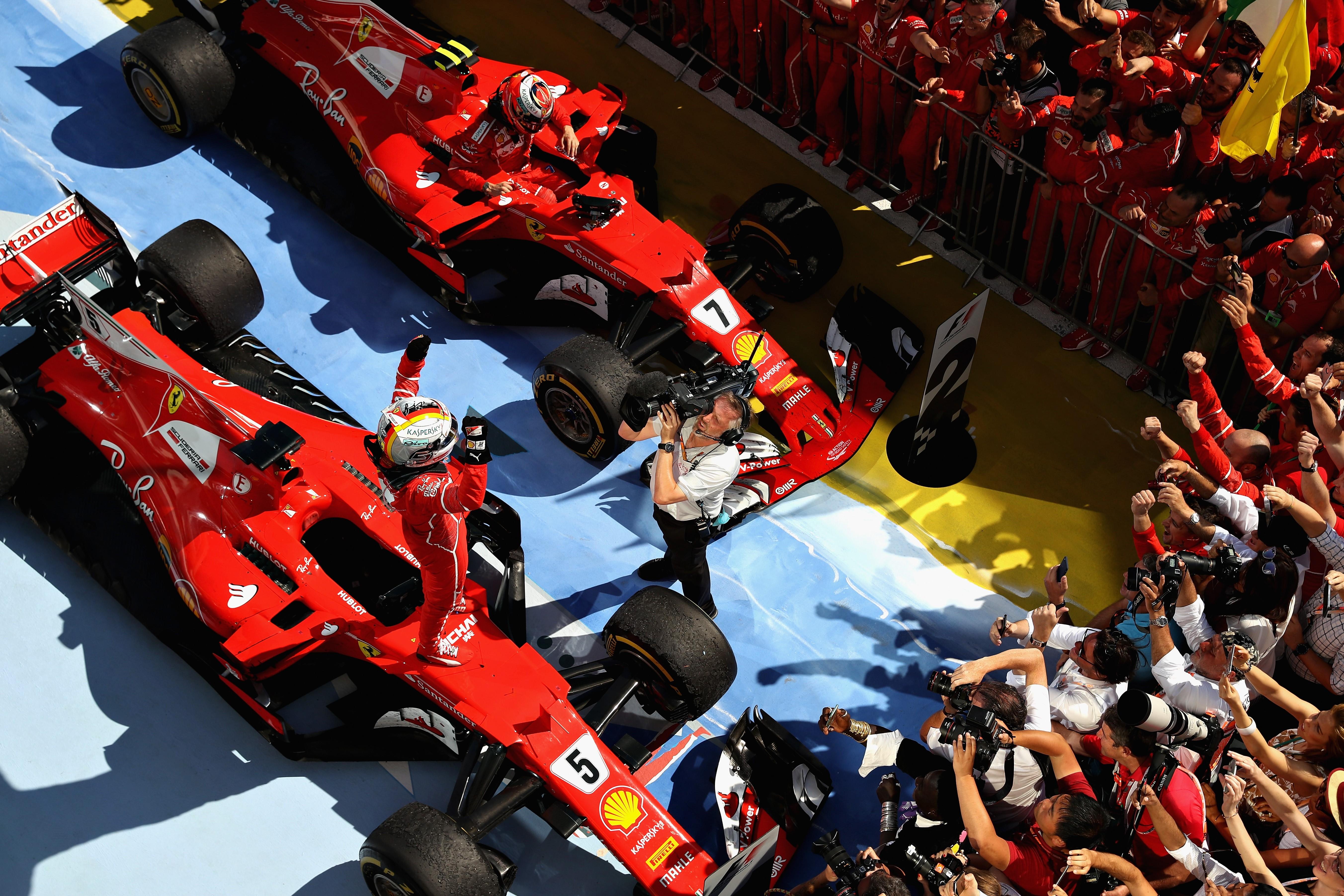 Sebastian Vettel et Räikkönen (Ferrari) au Grand Prix de Hongrie 2017