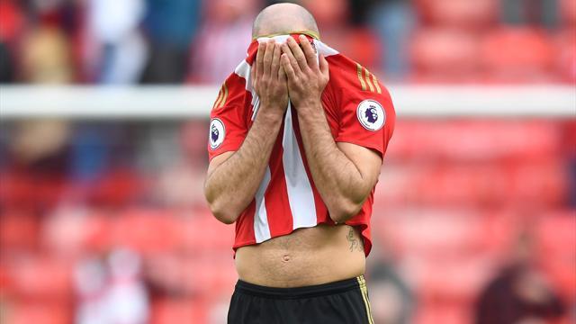 Sunderland to discipline Gibson over video criticising team-mates