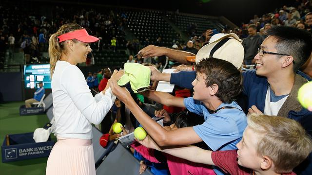 Sharapova sert zemine galibiyetle döndü
