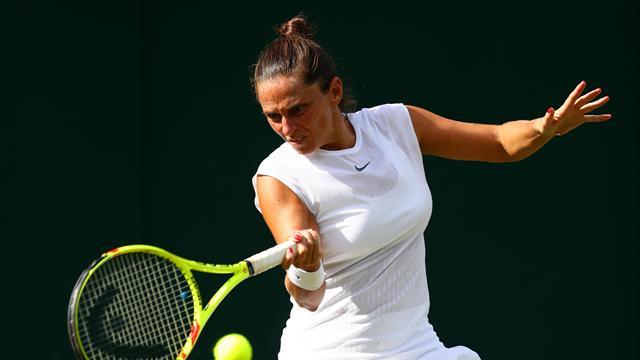 Итальянская теннисистка Винчи проинформировала, что воры украли изеедома все трофеи