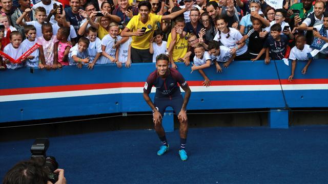 """Il n'y aura pas de """"taxe Neymar"""" sur les transferts"""