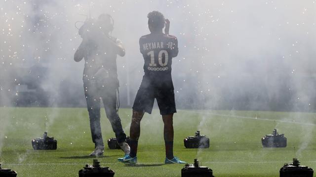 Полиция предотвратила теракт неподалеку от «Парк де Пренс» перед игрой «ПСЖ» с «Бордо»