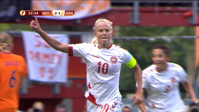 Pernille Harder scores stunner to make it 2-2