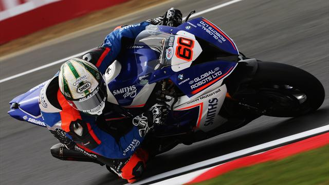Hickman benefits from Brookes mistake to win Race 2