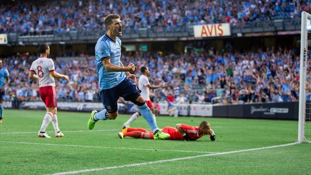 Un triplé de Villa et City arrache le derby de New York