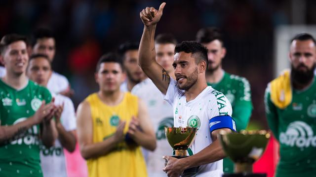 Après le Barça, l'OL rend également hommage à Chapecoense