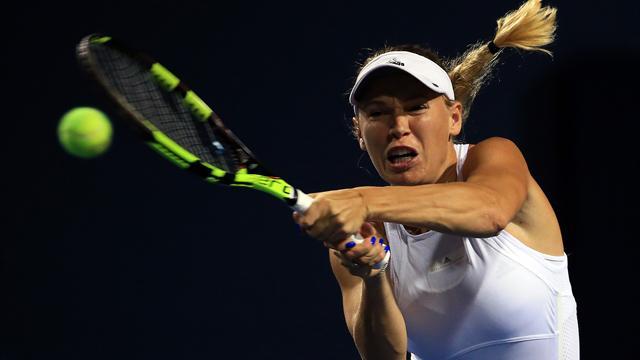 Caroline Wozniacki races into Rogers Cup third round