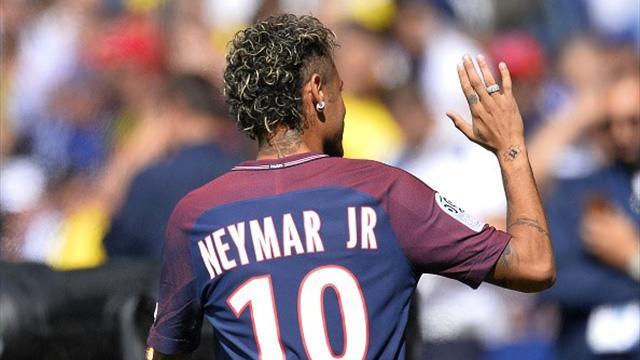 Neymar a de la chance : pour ses débuts en Ligue 1, il va découvrir le Roudourou