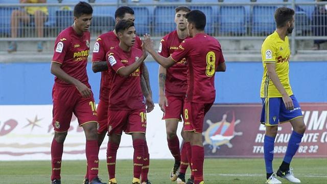 0-3. El Villarreal golea y deja al Cádiz último clasificado de su trofeo