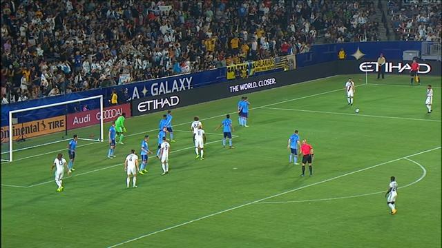 Gli highlights di Los Angeles Galaxy-New York City 0-2, magie di Villa