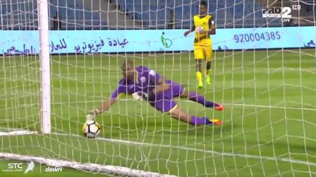 Нелепая ошибка вратаря из Саудовской Аравии, после которой он больше никогда не сыграет ногами