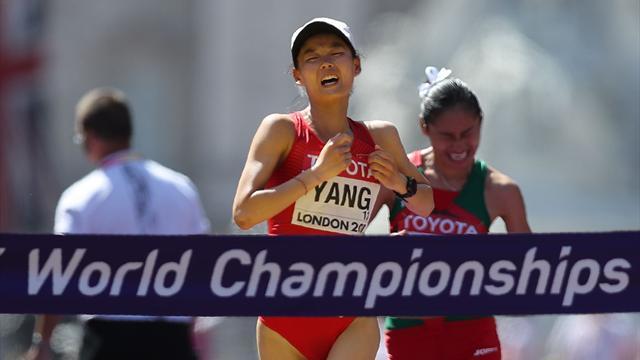 Янь выиграла золото в ходьбе на 20 километров